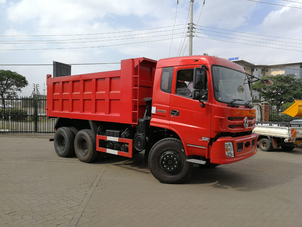 DONGFENG TIPPER